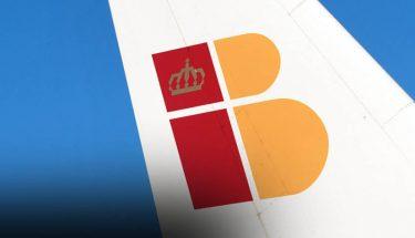 imagen cabecera logo iberia en un avión