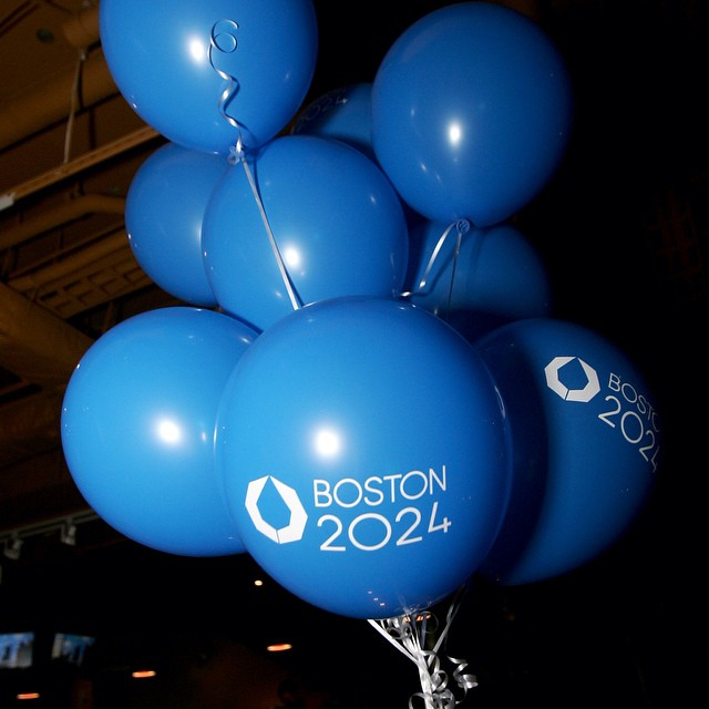 boston 2024 globos