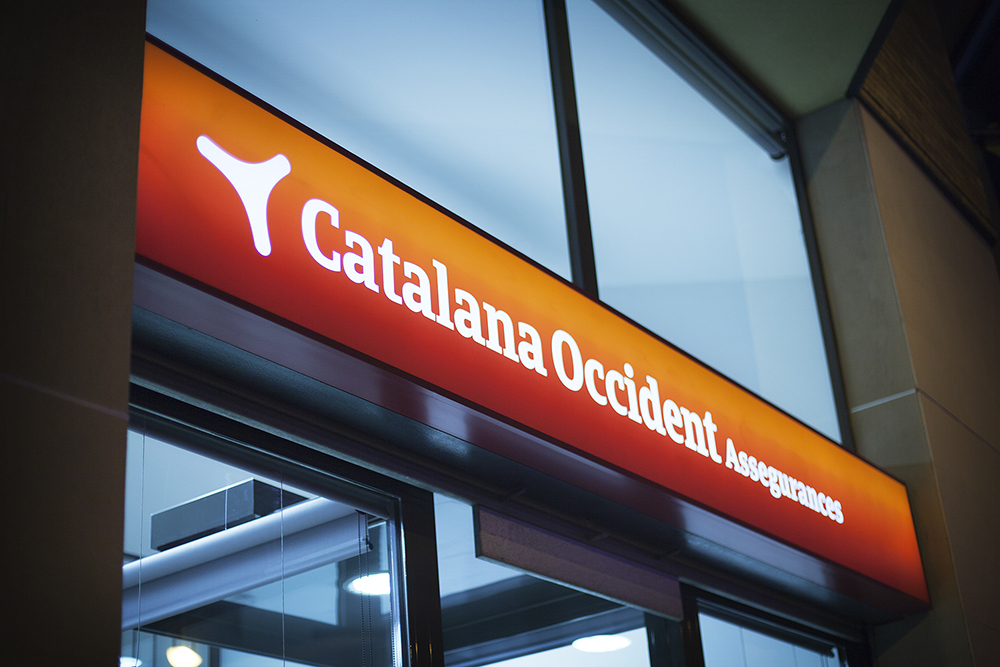 catalana_occidente-logo-rotulo-14.jpg