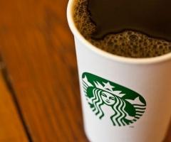 imagen de un vaso de café de Starbucks
